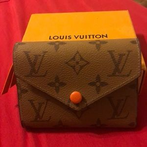 Offers Welcome - Louis Vuitton Orange Wallet🧡